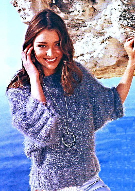 плетение из бисера поделки на телефон.