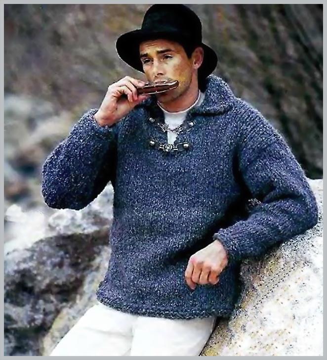 Вязаный серый пуловер мужской