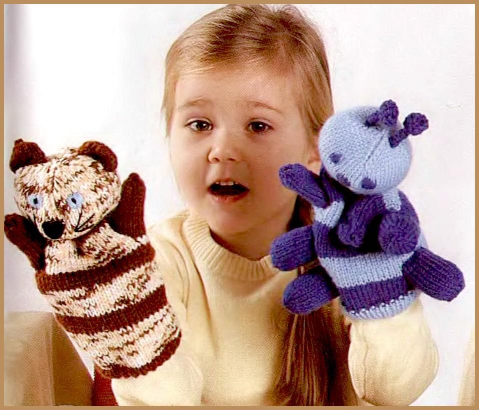 А забавных сказочных персонажей - Муравьишку и Крошку Енота свяжите вместе с детьми.  Вязаные игрушки для кукольного...