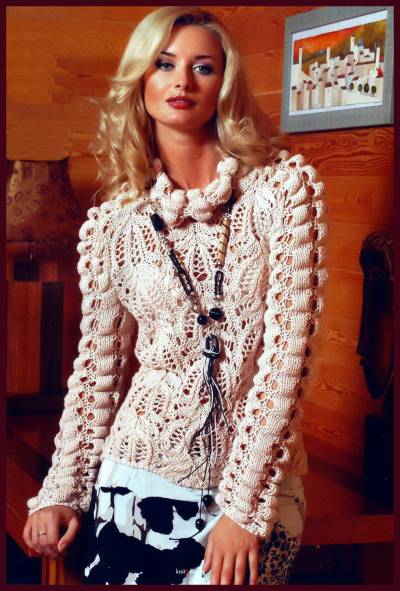 Бежевый ажурный пуловер.  Размер.  36/38 Вам потребуется: 450 г пряжи BLUES, спицы 5 и 6, круговые спицы 5,5.
