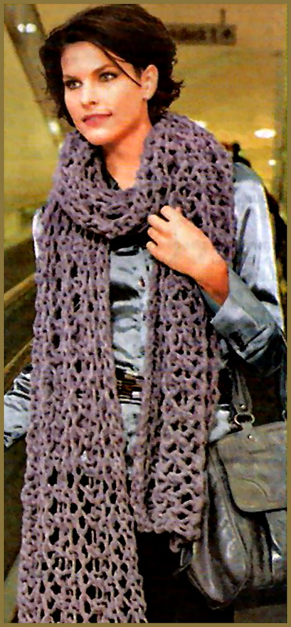 Вязание шарфа на спицах ажурный.